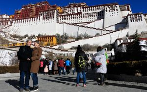 Sven explored Potala Place with Tibet Discovery (February, 2017)