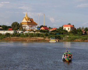 Mekong Dawn Cruise Phnom Penh – Siem Reap or Siem Reap – Phnom Penh 3 Days